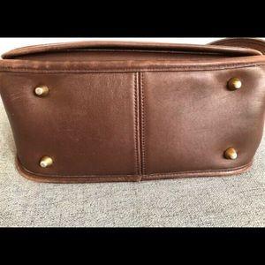 Coach Bags - Vintage Coach Stewardess bag . Original purse 9525